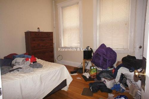 91 Glenville Avenue Photo 1
