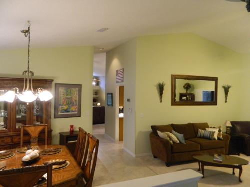 529 Crystal Lake Drive Photo 1
