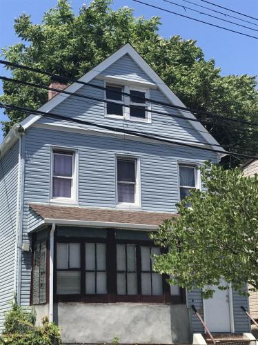 96 Gordon Street Photo 1