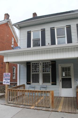 114 W Main Street Photo 1