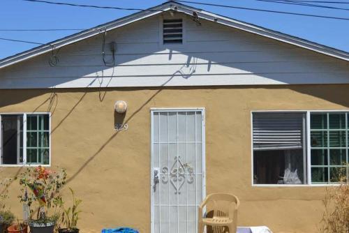 329 Laurel Avenue Photo 1