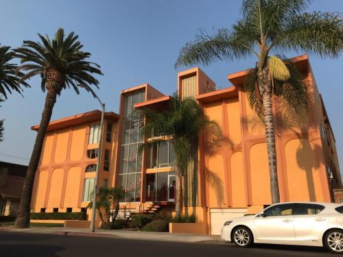 382 Coronado Avenue Photo 1