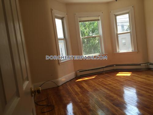 106 Buttonwood Street Photo 1