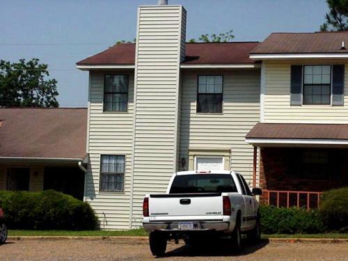 540 S Woodburn Drive Photo 1
