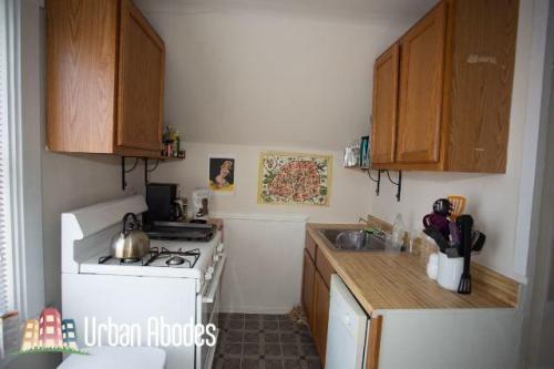 3111 N Clifton Avenue Photo 1