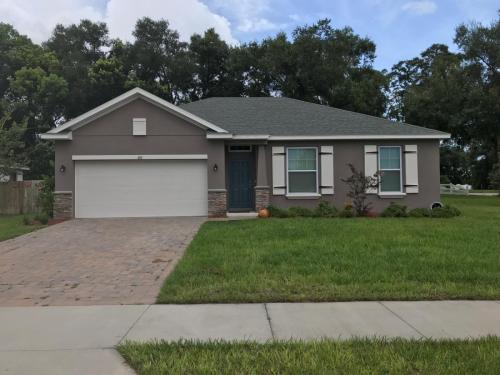 401 Country View Circle Photo 1