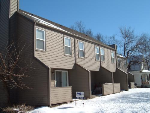209 Hanover Place Photo 1