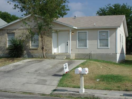 625 I Street #2 Photo 1
