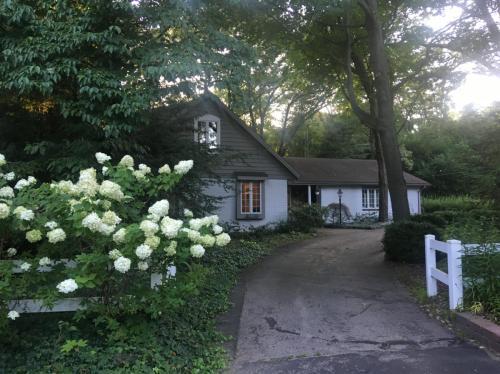 4232 Ridge Road Photo 1