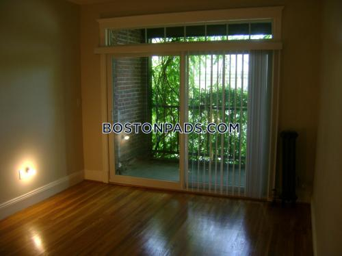 321 S Huntington Avenue Photo 1