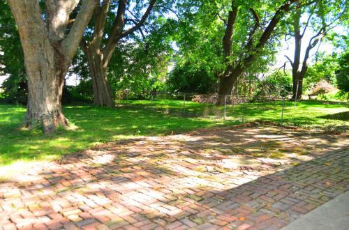 1704 Park Haven Drive Photo 1