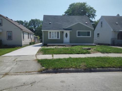 14623 Mcguire Street Photo 1