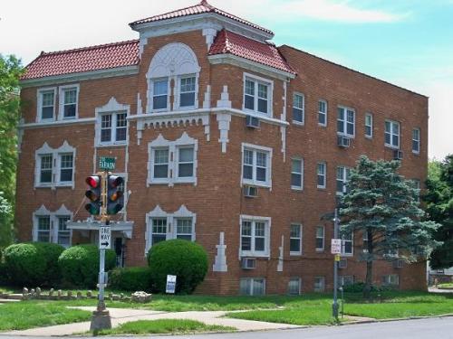 312 N Noyes Boulevard Photo 1