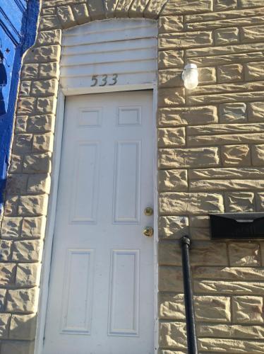 533 N Glover Street Photo 1