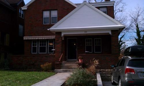 4146 Saline Street Photo 1