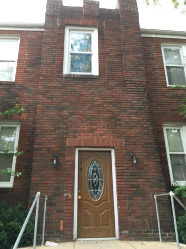 1576 Leslie Street Photo 1