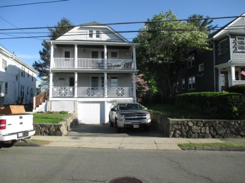 105 Lynde Street #1ST FLR Photo 1