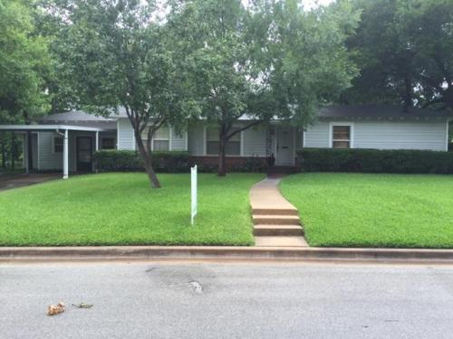 909 Enfield Photo 1
