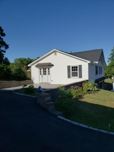 191 Buckingham Street #HOUSE Photo 1