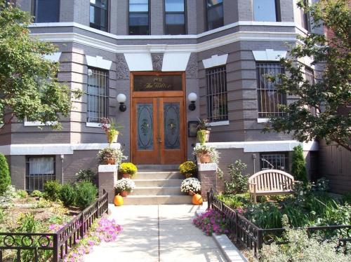 1931 17th Street NW Photo 1