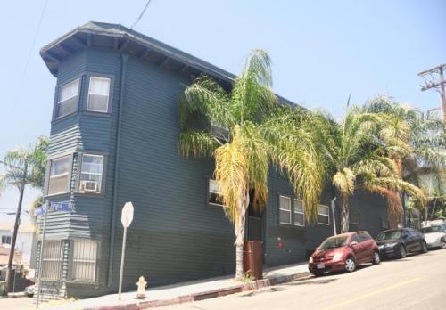 117 N Toluca Street #6 Photo 1