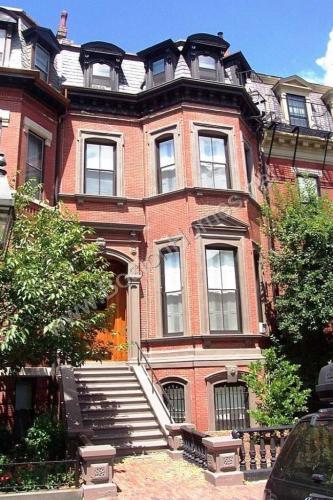 103 Marlborough Street Photo 1