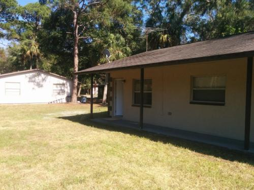 7132 Oakwood Drive Photo 1