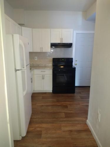 405 N Wilton Street Photo 1