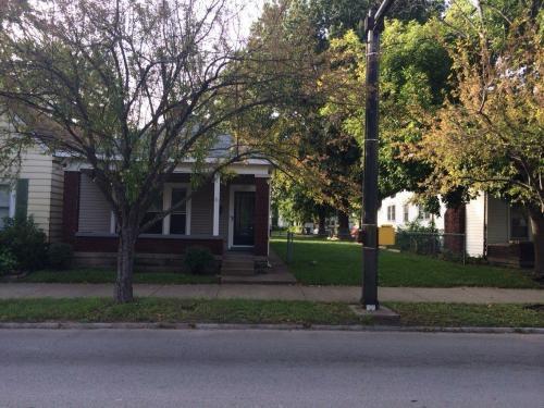 1737 E Spring Street Photo 1