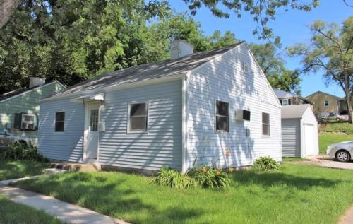 442 W Benton Street Photo 1