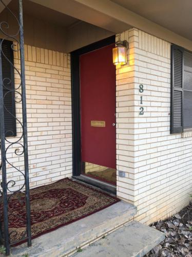 812 E Lamar Street Photo 1