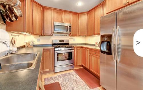 4516 Colfax Avenue S Photo 1