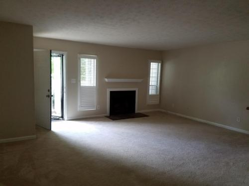 103 Sterling Court Photo 1
