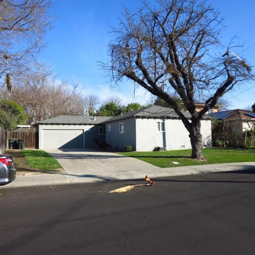 1813 Scott Avenue Photo 1