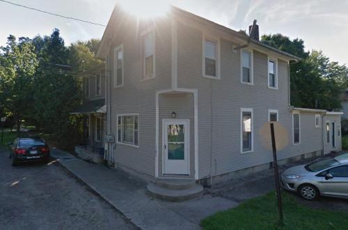 254 W Elm Street Photo 1
