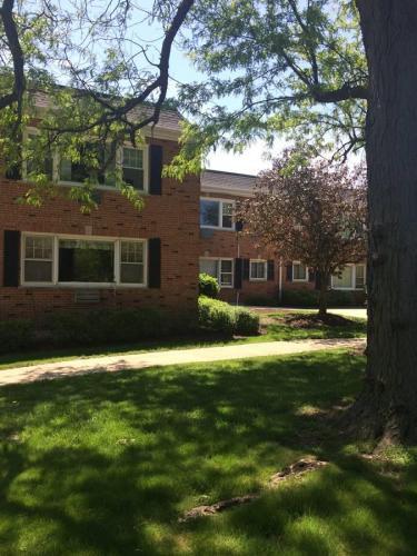 162 E Elmhurst Avenue #2ND FLOOR Photo 1