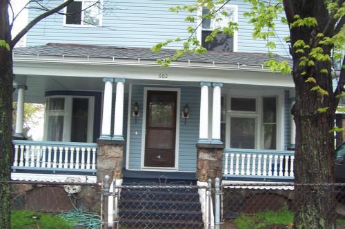 602 E 21st Street Photo 1