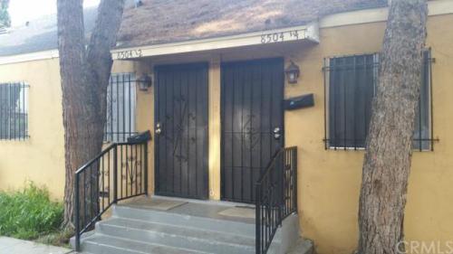 8504 S San Pedro Street Photo 1