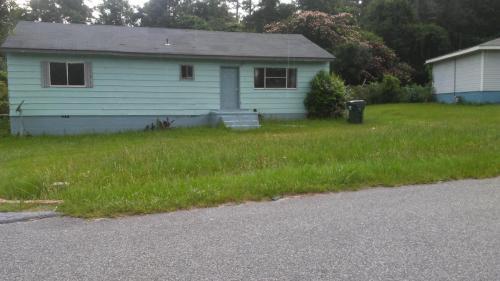 107 Garland Terrace Photo 1