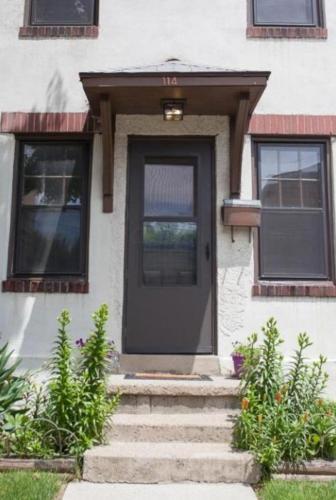 114 E Blenkner Street Photo 1