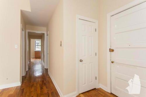 639 W Oakdale Avenue #2A Photo 1