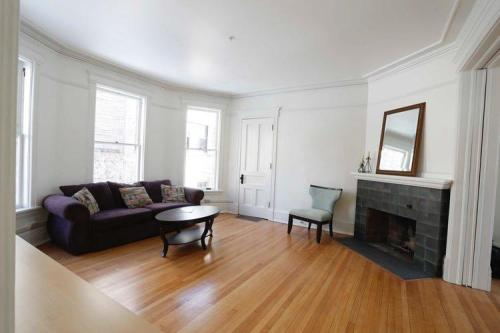 15 W Gorham Street #1 Photo 1