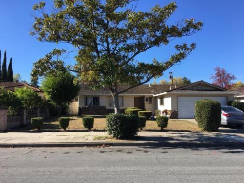 1235 Adams Drive Photo 1