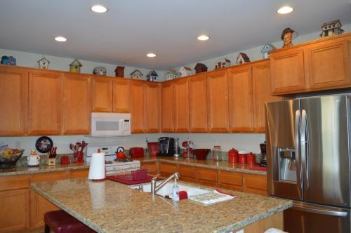 29685 Cottonwood Cove Drive Photo 1