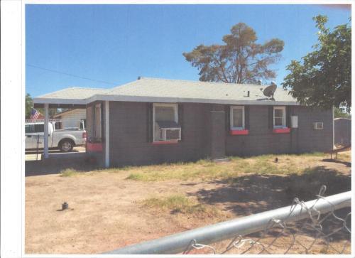 579 N Eucalyptus Avenue Photo 1