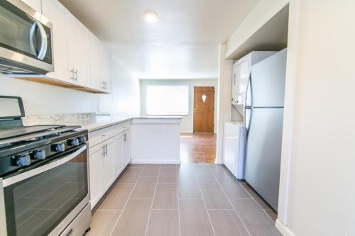 7035 W 36th Avenue Photo 1