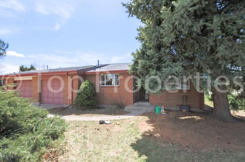 9022 W Washburn Place Photo 1