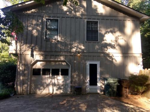 6010 White Oak Court NW Photo 1