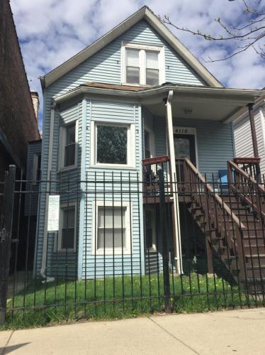 4116 N Kedzie Avenue #2 Photo 1