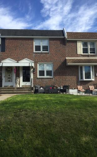 342 Rively Avenue Photo 1